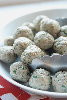 Lamb, Garlic and Parsley Meatballs gf 500